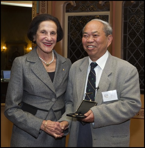 Inagural presentation of the Lochlan Macquarie Medal ceremony. Medal presentaed to Professor Hong De-Yuan by Her Exellency Professor Marie Bashir, Governor of New South Wales. Government House, Sydney, Nerw South Wales.