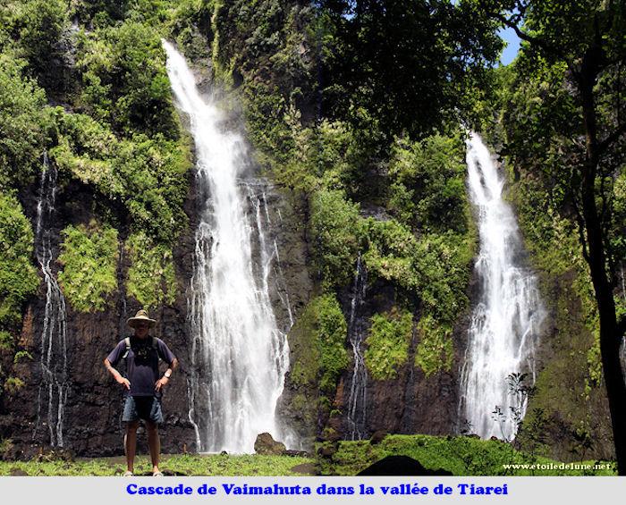 Une L�gende De La Cascade: TAHITI_Tiarei_ Trois Cascades Et Une